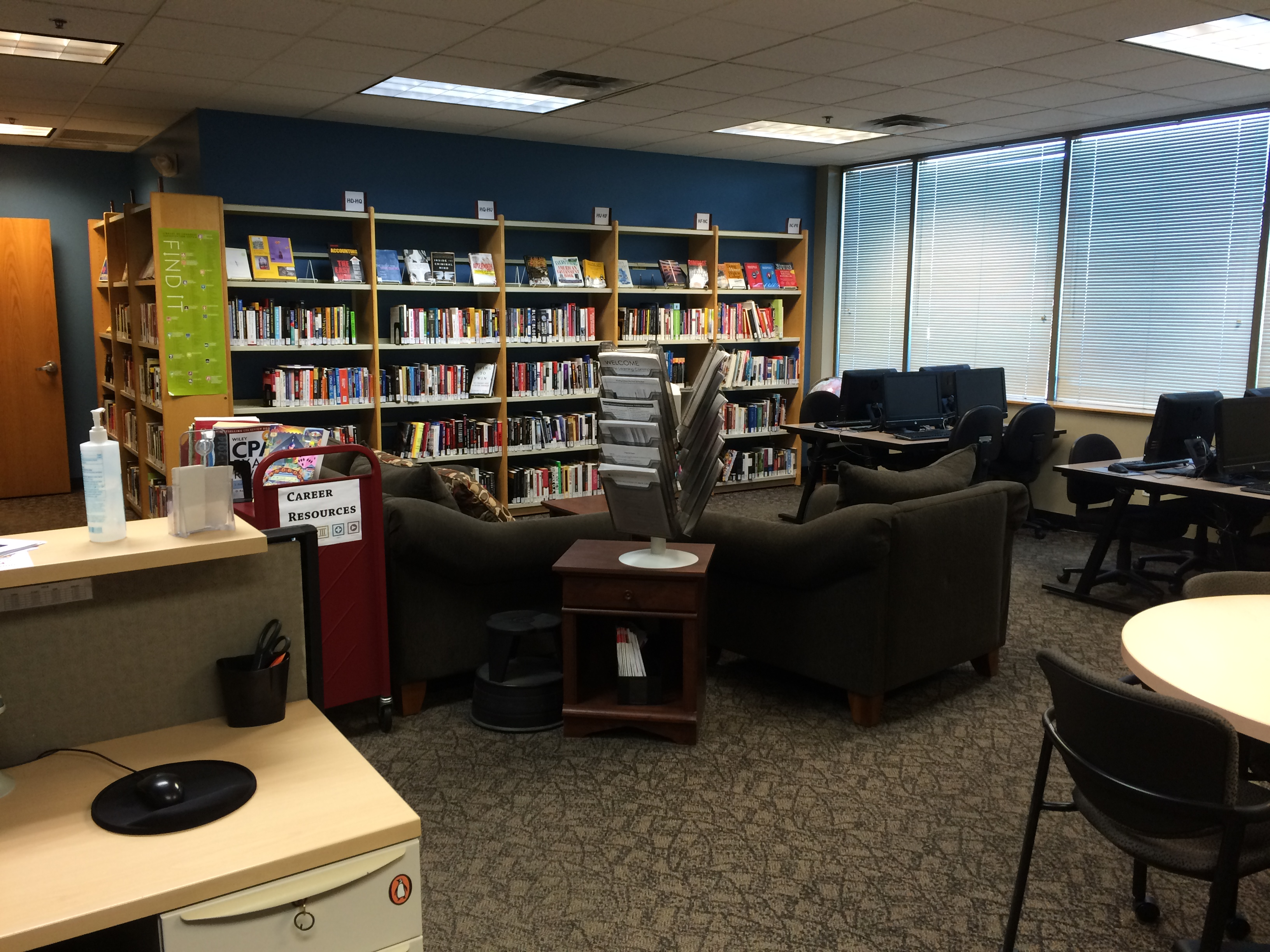 100 Library Furniture Liquidation Office Space